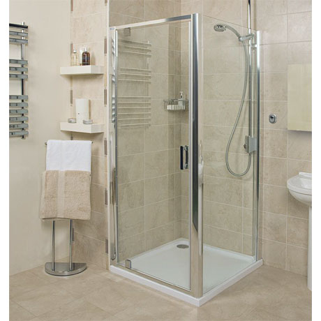 Embrace Pivot Shower